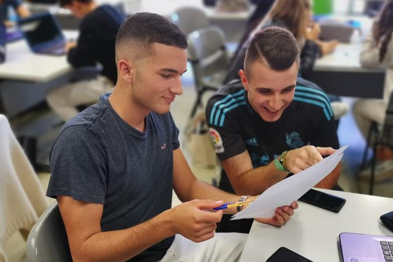 Estudia un ciclo formativo de comercio y marketing en Donostia