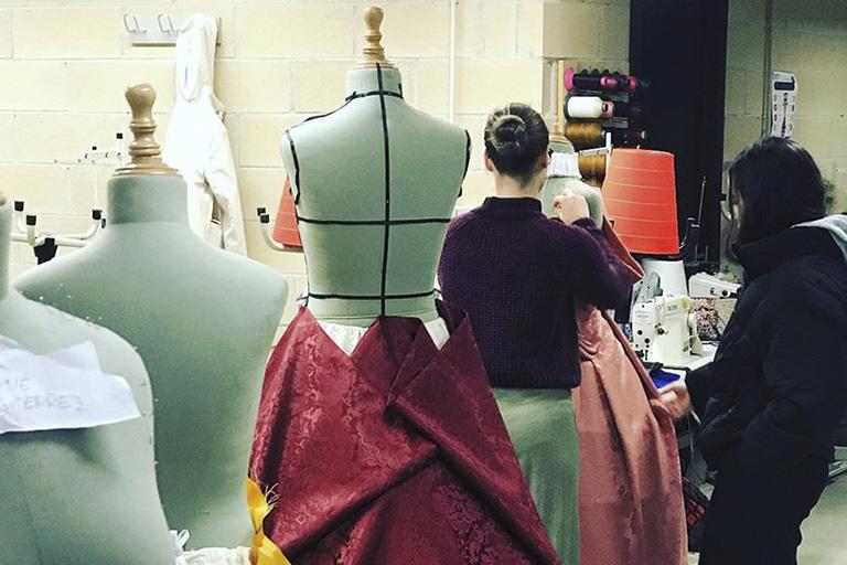 Estudia un ciclo formativo de textil, confección y piel en Donostia