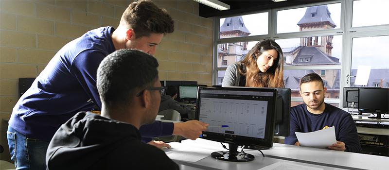 Curso de Lanbide Gestión contable y gestión administrativa para auditoría impartido en Donostia por AEG