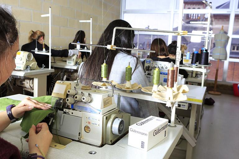 Cursos de Lanbide del sector Textil impartidos por AEG